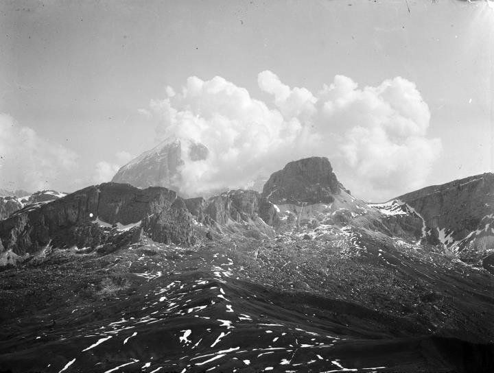 Tofane, vista dal Monte Poré (manovra militare 1908)