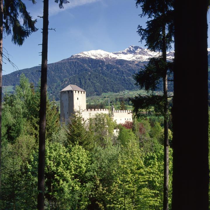 Lienz - Schloss Bruck