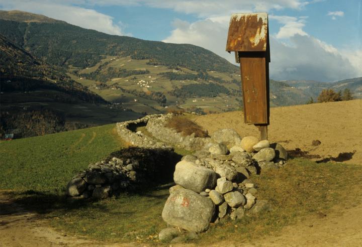 Feldweg bei Pinzagen in Brixen